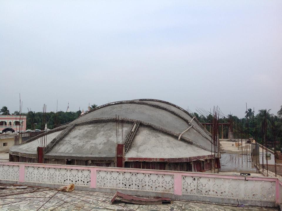 Вид на крышу самадхи
