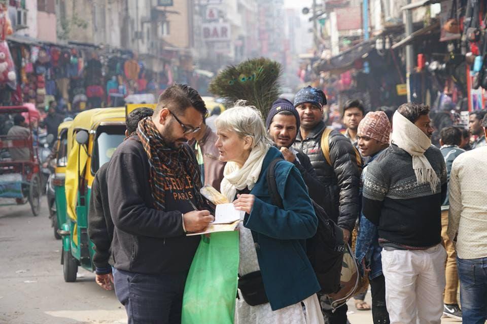 Санкиртана и распространение книг в Дели