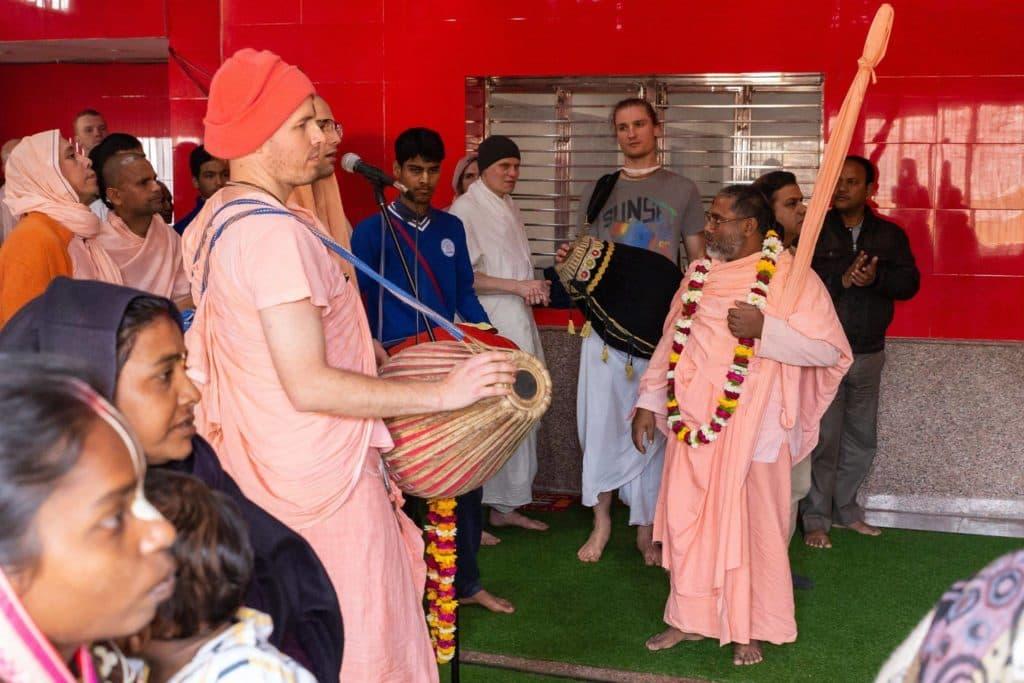 День Явления Бхактисиддханты Сарасвати