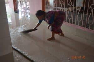 Уборка В Самадхи Нараяны Госвами4