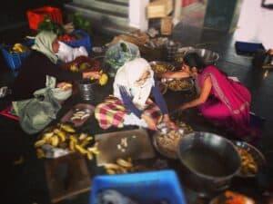 Экадаши Радхе-кунджа Кухня