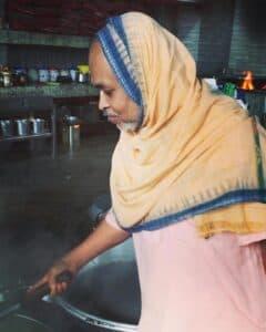 Экадаши Радхе-кунджа Премананда Прабхурасад